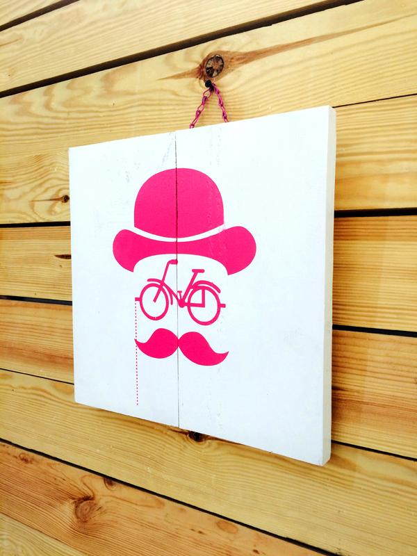 Mustache Bike Tablo